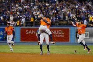 Los Astros hacen historia al ganar su primera Serie Mundial de Grandes Ligas