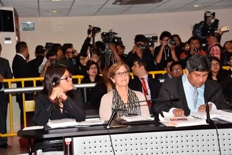 La exalcaldesa de Luna Susana Villarán no podrá salir del país en los próximos ocho meses,