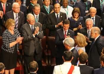 El presidente Kuczynski asistió a la toma de investidura de Piñera.