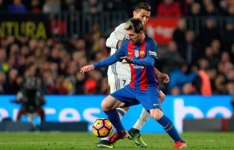 A pesar de que el Barcelona no ha logrado ganarle al Real Madrid en condición de local desde el 2015, las estadísticas lo dan como gran favorito para el clásico de este domingo