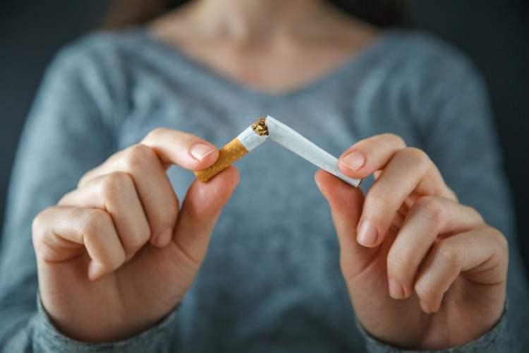 Mujeres fumadoras aumenta en el mundo