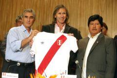 Ricardo Gareca renovó y dirigirá a la Selección Peruana hasta Qatar 2022