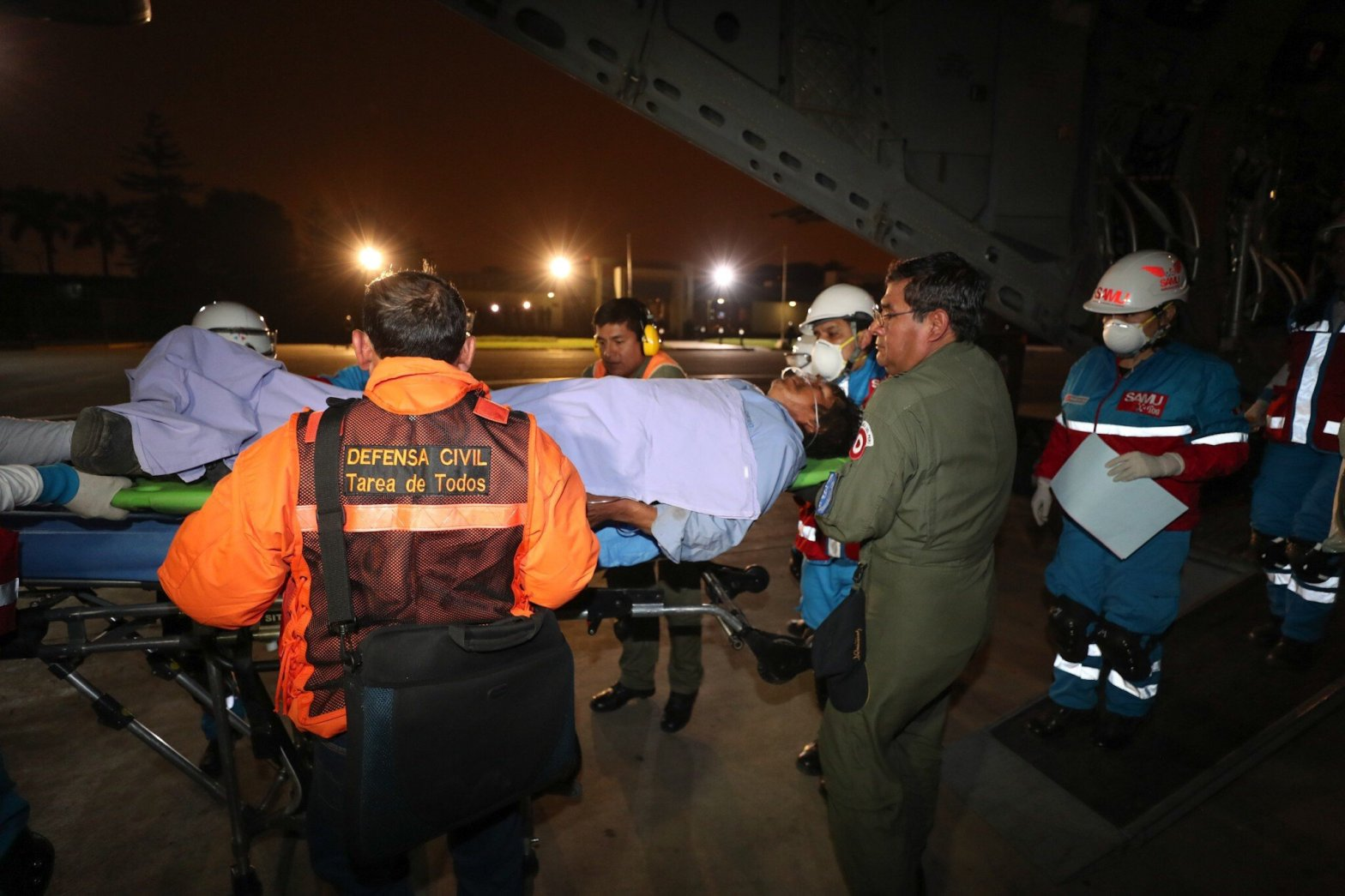 Ayacucho: Aeronaves de las Fuerzas Armadas trasladaron a intoxicados