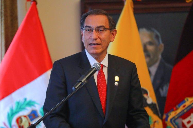 Martín Vizcarra propone cruzada contra la corrupción en Perú y Ecuador