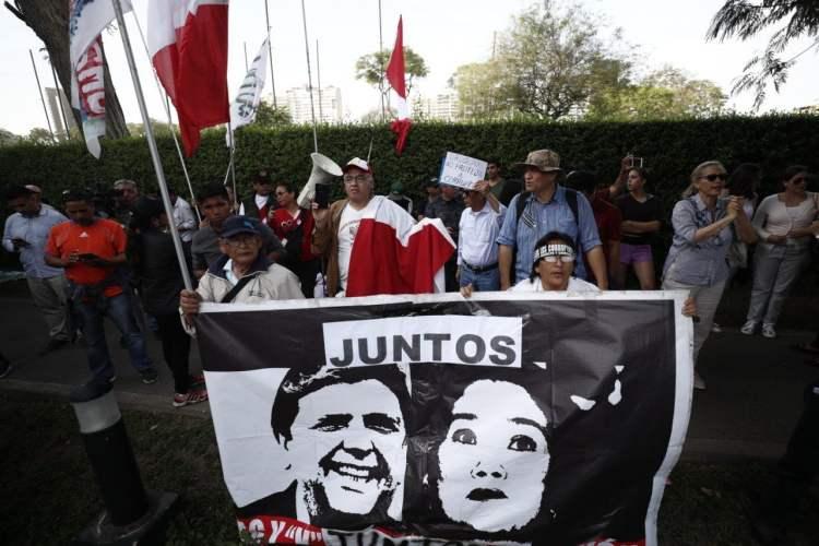 Alan García pide asilo: enfrentamientos en sede diplomática del Uruguay