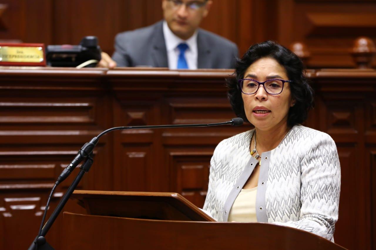Ministra de Cultura Patricia Balbuena en la mira por moción de interpelación