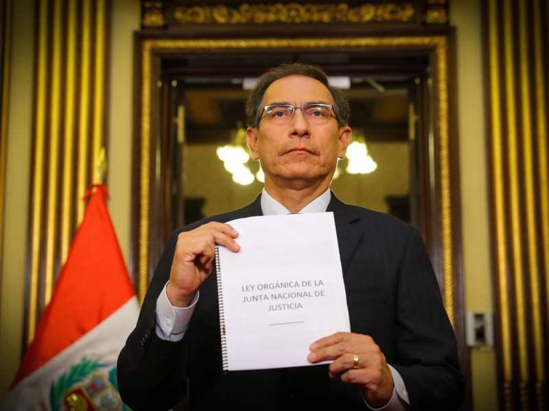 Tras el Referéndum del último domingo, en que los peruanos respaldaron abrumadoramente los cambios en los sistemas judicial y político,