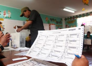 Mira dónde votar o busca tu local de votación para el referéndum de hoy