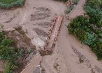 Impactante video desde el aire del colapso del puente Montalvo