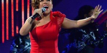 Viña 2019: Peruana Susan Ochoa pasa a la final del festival   VIDEO