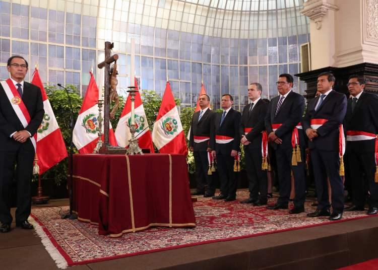 Salvador del Solar juró como titular de la PCM y estos son sus nuevos ministros