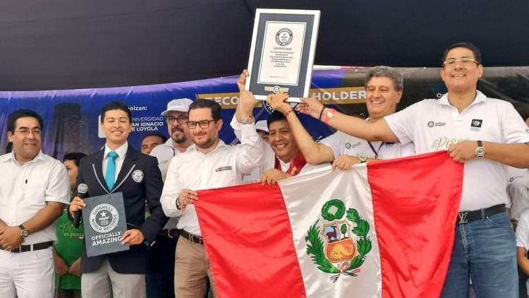 Pisco peruano ingresa al libro de los Récord Guinness en Ica