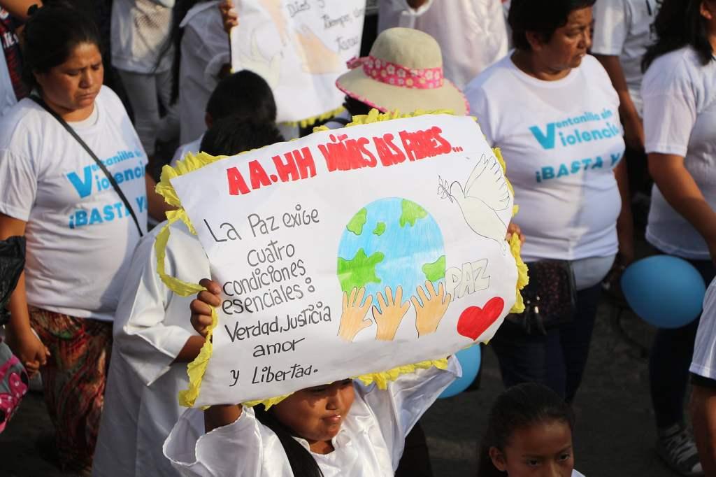 Miles marcharon para pedir el cese de la violencia en El Callao