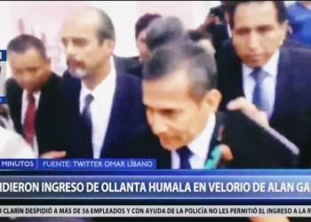 Ollanta Humala llegó al velorio de Alan García pero apristas lo expulsan