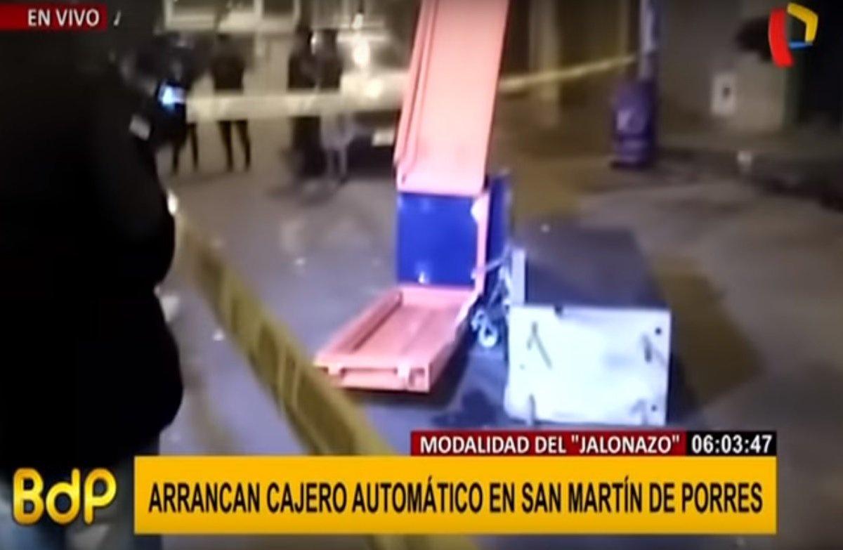 Cajero automático es arrancado por delincuentes en San Martín de Porres