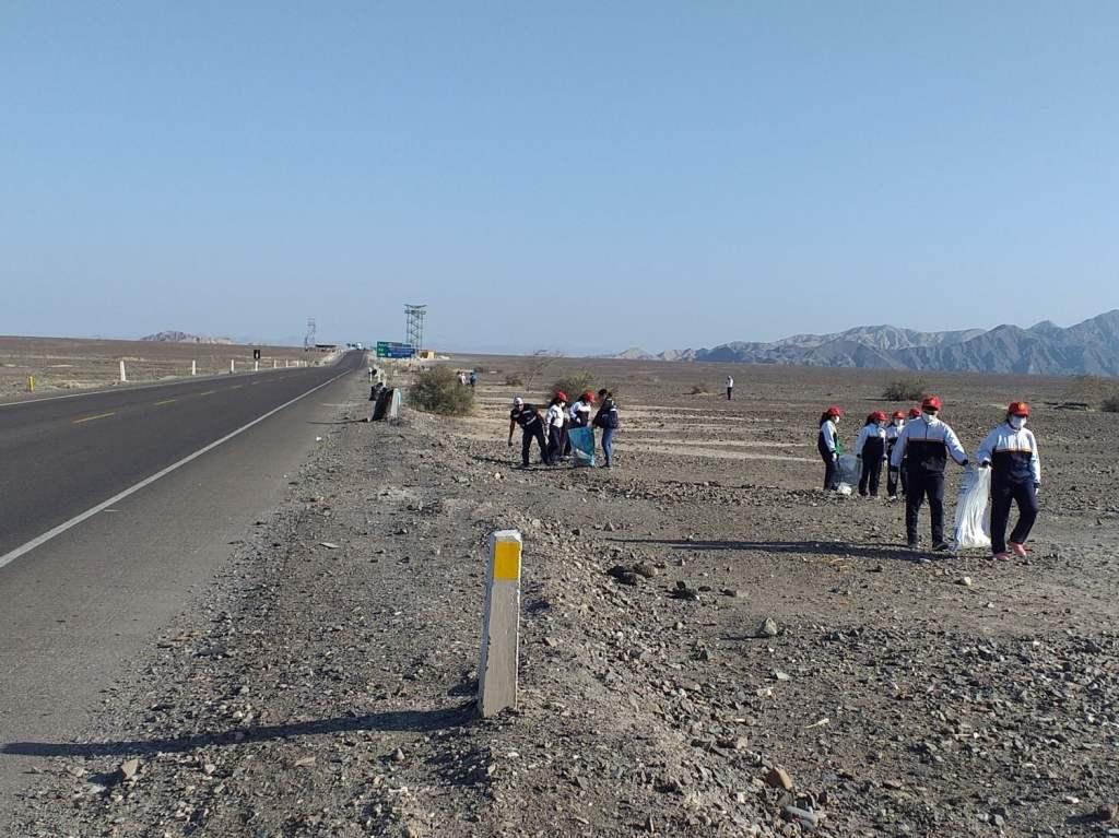 Ministerio de Cultura realizó limpieza en las Pampas de Nasca