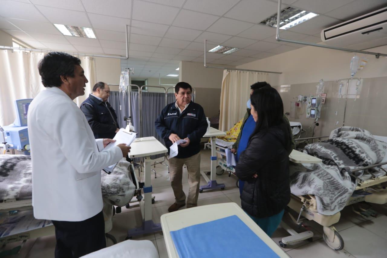 Heridos de accidente en Canta están estables en hospital de Collique