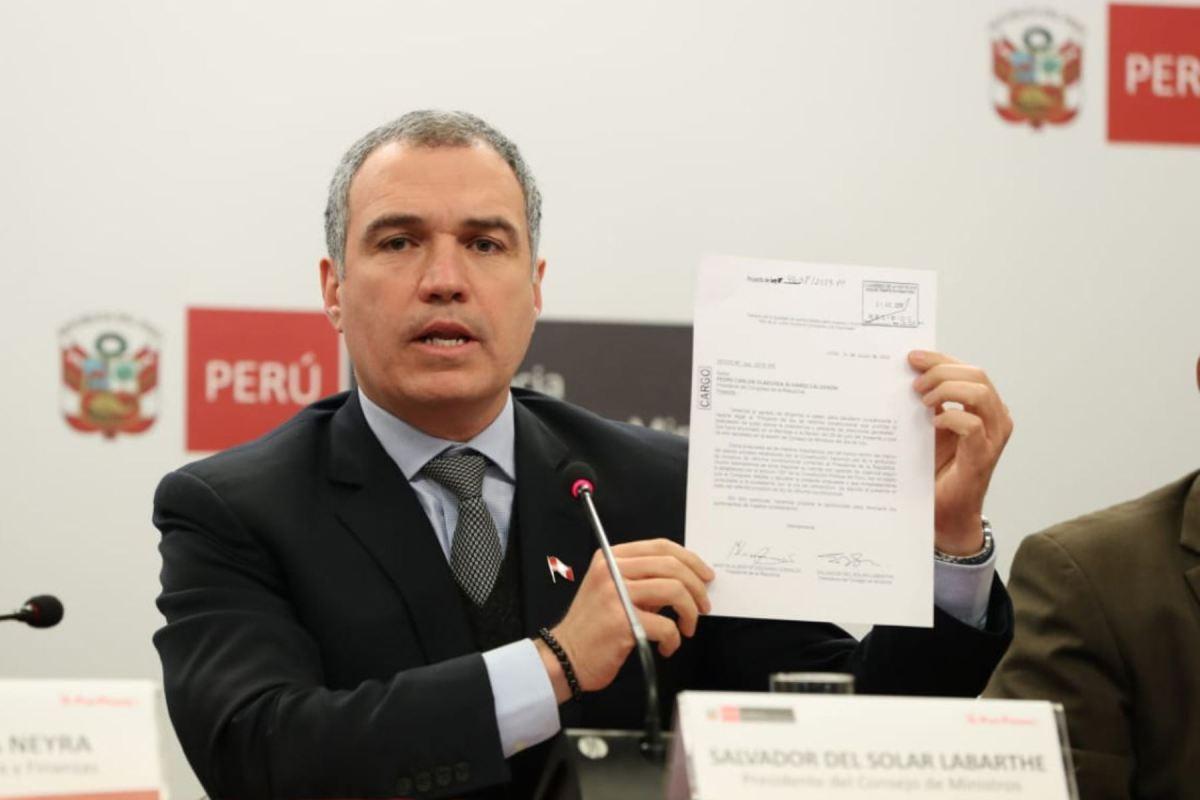 Salvador del Solar presenta proyecto de ley de adelanto de elecciones al 2020
