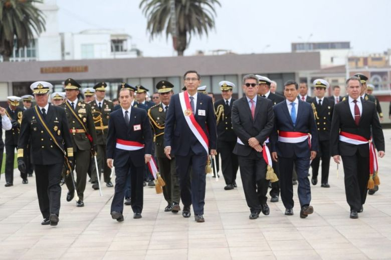 ceremonia por el 198º aniversario de la Marina de Guerra y 140º  aniversario del Combate de Angamos