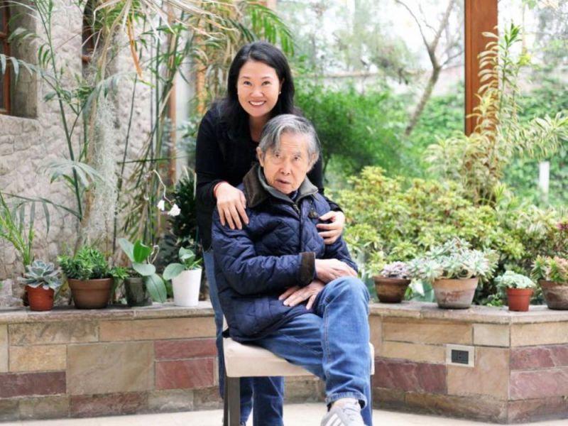 Alberto Fujimori y Keiko Fujimori