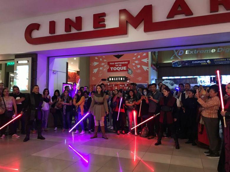 Frontis Cinemark Angamos