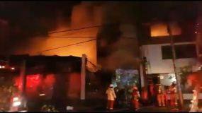 Incendio en el Jirón Huánuco La Victoria