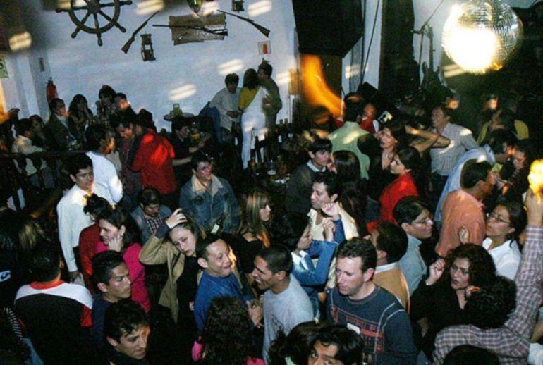 Coronavirus: Minsa pide no acudir a discotecas, bares, restaurantes y fiestas para evitar contagio