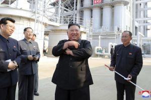 Kim Jong-un reaparece en público 20 días después tras rumores de su muerte