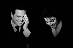 Luis Miguel y Michael Jackson cantan juntos y sorprenden a fans en Facebook
