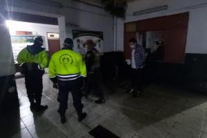 Serenazgo de Lima captura a ladrón que se lanzó de cuarto piso al intentar huir