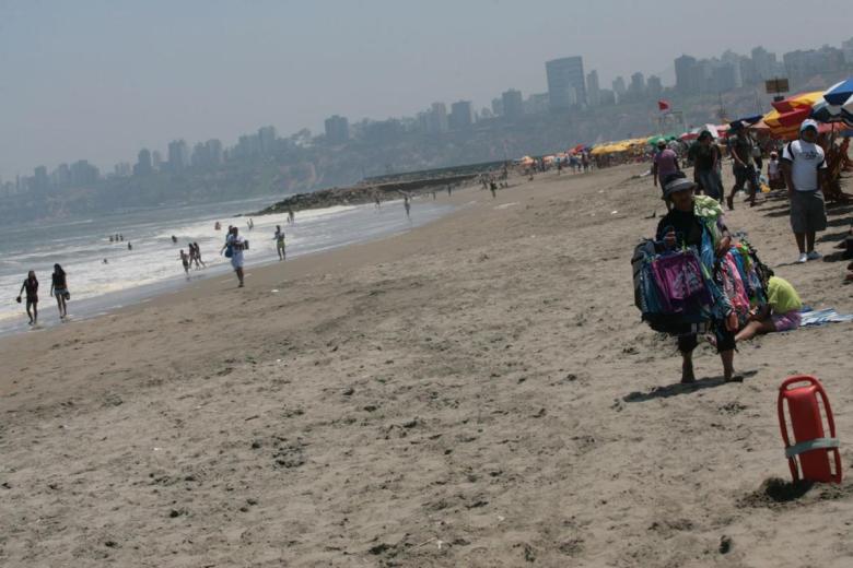 Poca gente en la playa