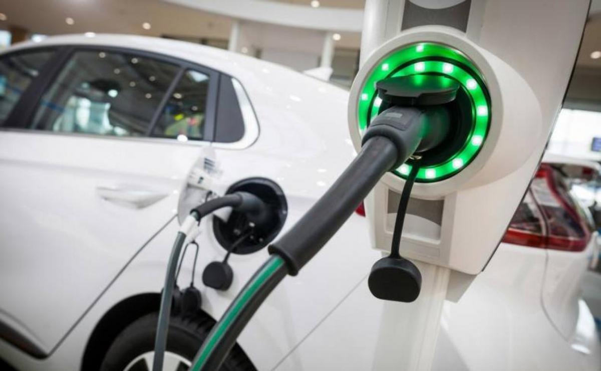 Piden que Perú tengan más del 20% de autos eléctricos en 2030