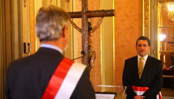 Cluber Aliaga Lodtmann juramentó como ministro del Interior