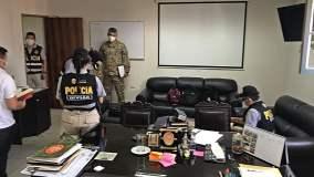 Allanan viviendas del jefe del Comando Conjunto de las FF.AA. César Astudillo y de 11 implicados en 'Gasolinazo'
