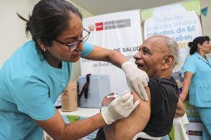 Vacunación de adultos mayores contra el COVID-19: Cronograma de actualización de datos