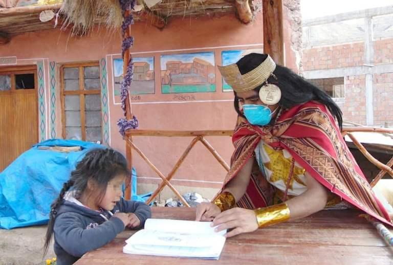 Profesor cerró campaña dictando clases gratuitas de reforzamiento en Cusco
