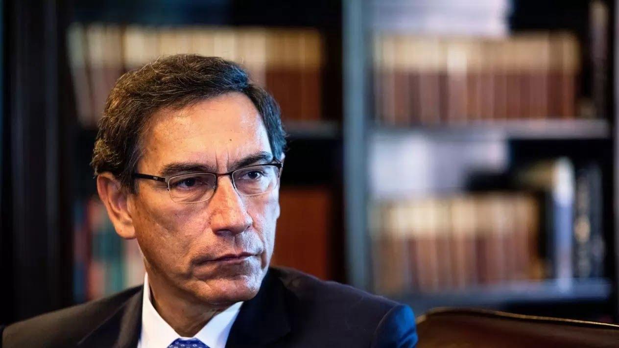 Martín Vizcarra inhabilitado