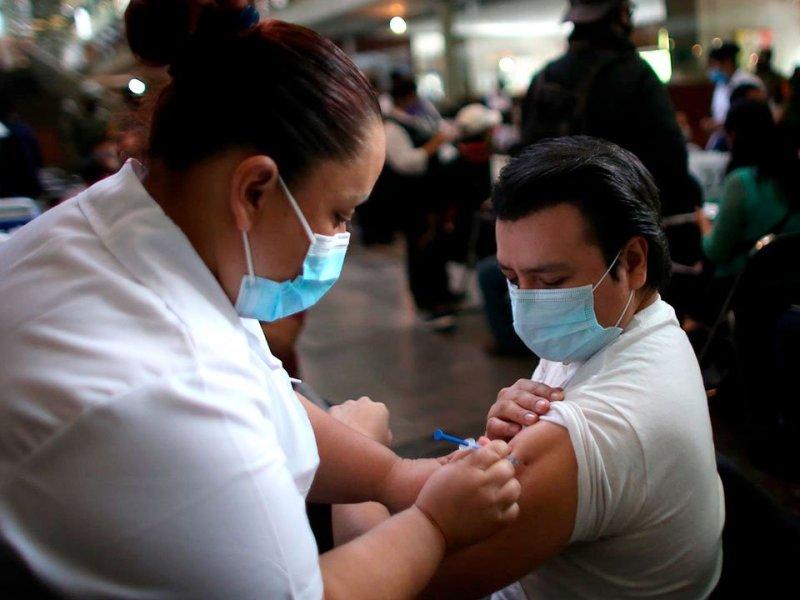 Covid-19: Vacunación de mayores de 40 y 30 años