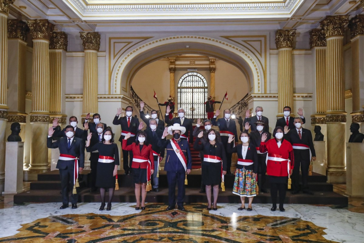 Pedro Castillo juramentó nuevo gabinete ministerial