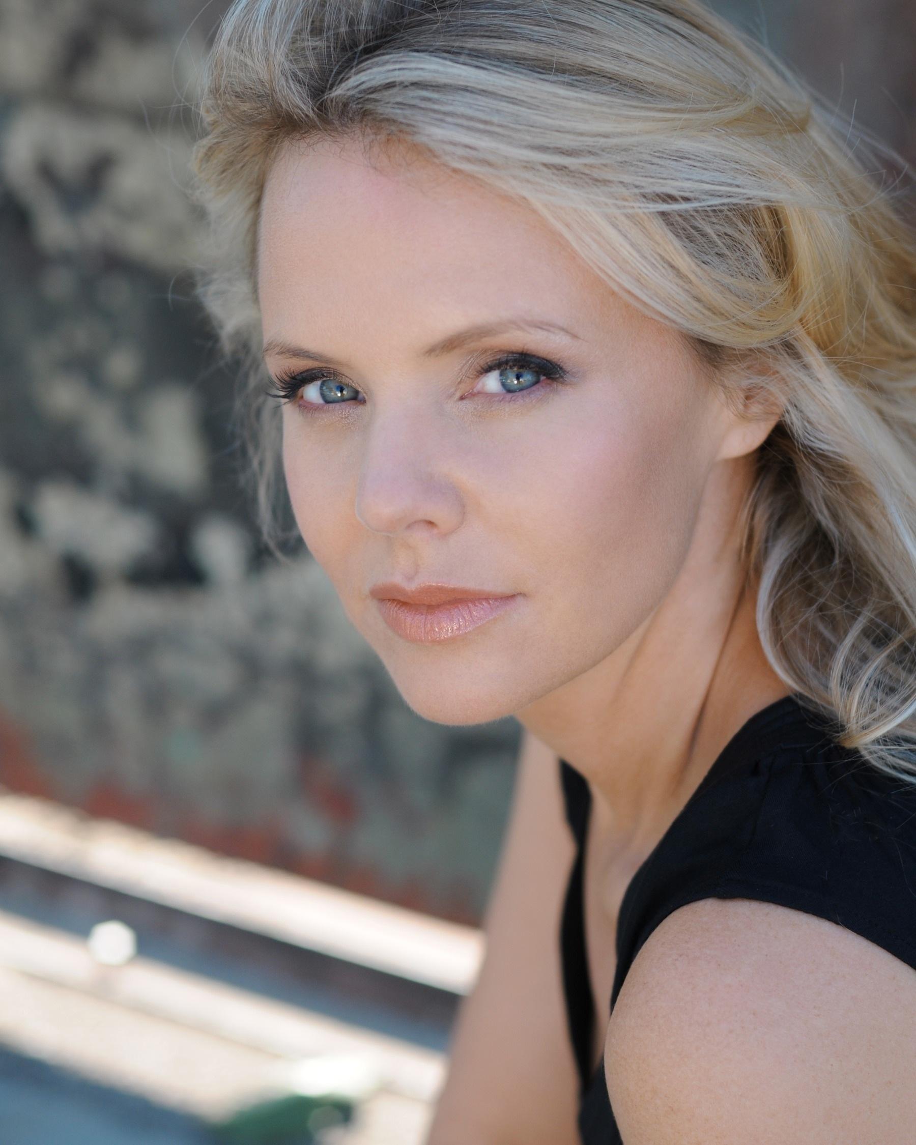Sarah Aldrich Sarah Aldrich new picture