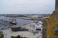 Prendre de la hauteur pour voir le port