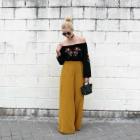 Palazzo in mustard
