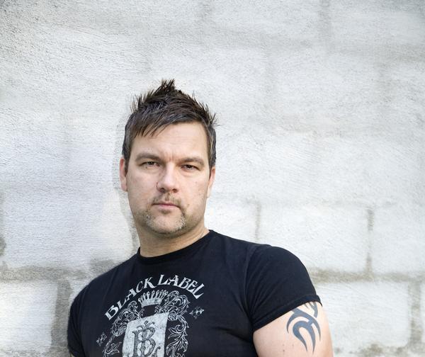 Andreas Aleman Skapar Välproducerad Musik Med Makalös