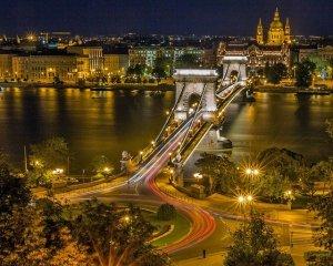 Bridge River City Urban Night  - Bergadder / Pixabay