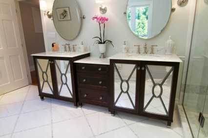 mirror-door-ensuite-3