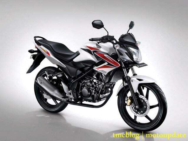 honda cb150r 2014 white red.jpg