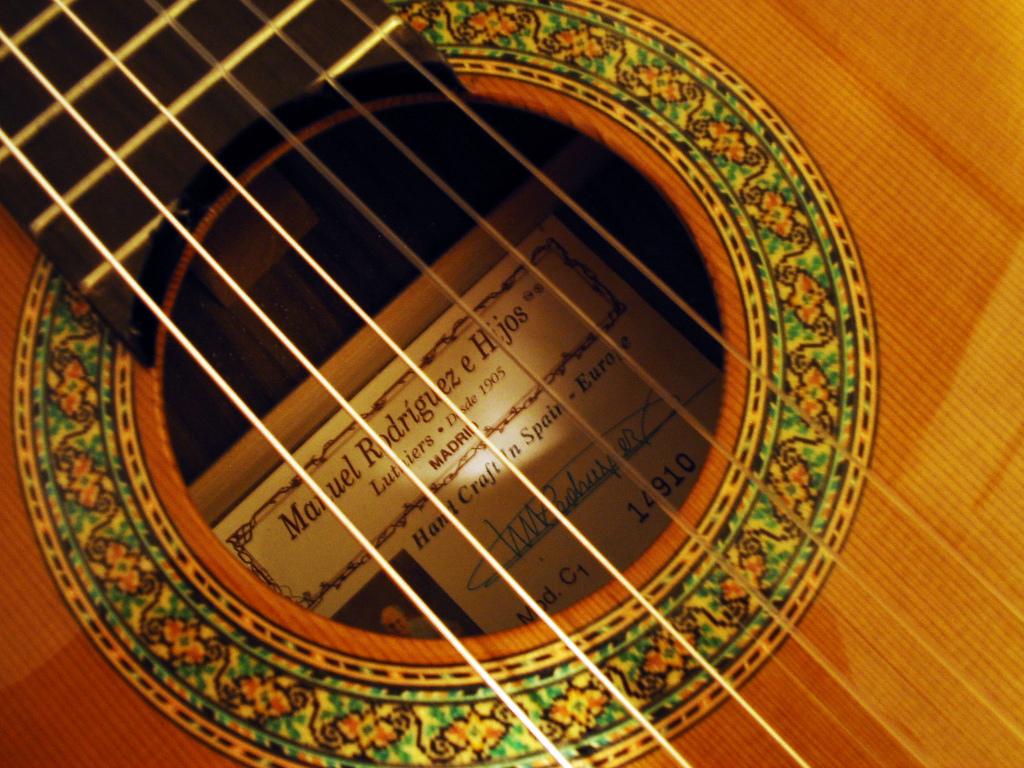 クラシックギターを始めるなら知っておいた方が良い10のコト!