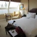 大阪のホテルで あまりにアゲアゲなベッドが発見されるwww