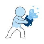 """【悲鳴】ある入社式で新人が""""先輩""""から冷水をぶっ掛けられる衝撃的映像が流出してしまう…"""