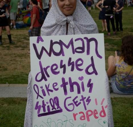 Keraguan Wanita Berjilbab